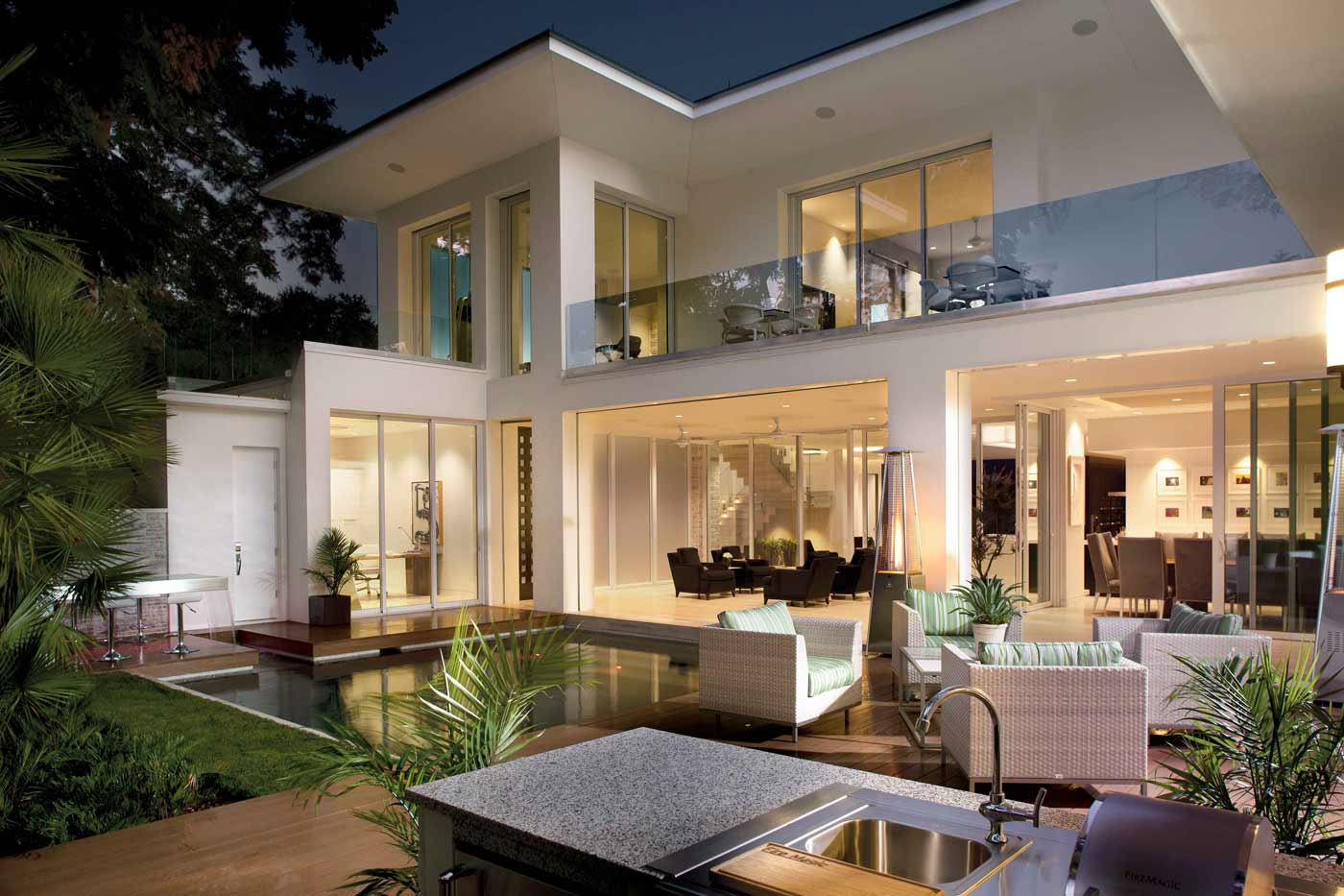 Outdoor spaces enhance entertaining phil kean design group for New american style house plans