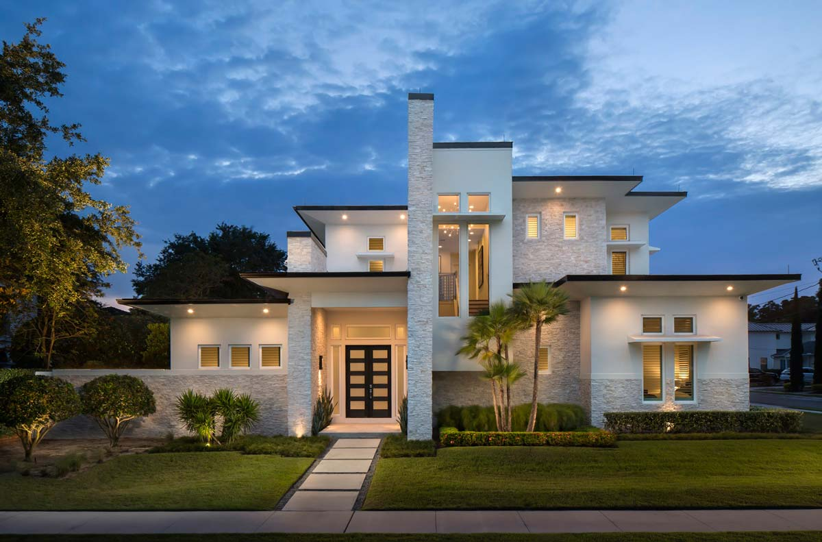 Working with custom home builders phil kean design group for Best custom home builder websites